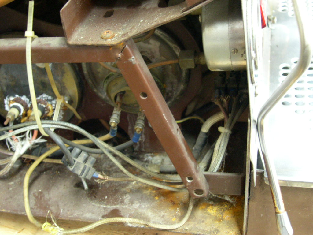 if a machine is damaged during unpacking the repairs are added to its cost